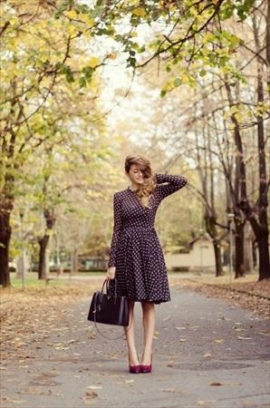ブライダルフェア 女性の服装