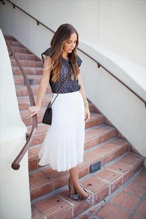 ブライダルフェア 女性の服装 スカート
