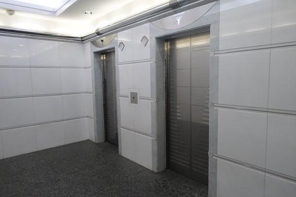 マイナビウエディングサロン エレベーター