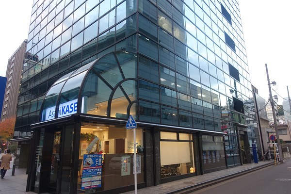 横浜マイナビウエディング ビル